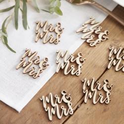 Houten confetti letters Mr & Mrs