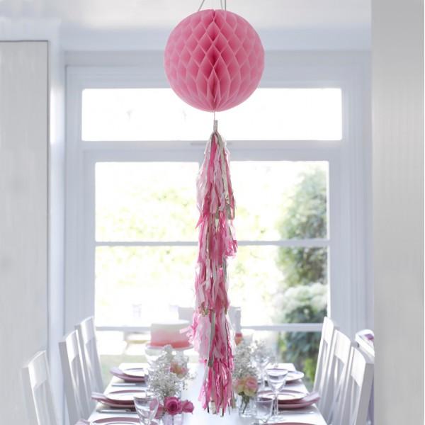 Honeycomb met tassels roze