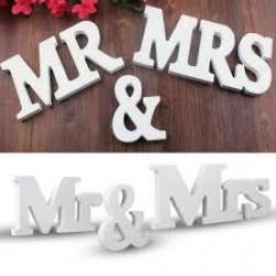 Houten letters Mr & Mrs