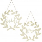 Stoel hangers Bride Groom