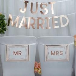 Stoel hangers Mr & Mrs Geo Blush