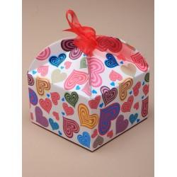 Doosjes gekleurd hartmotief  12 stuks